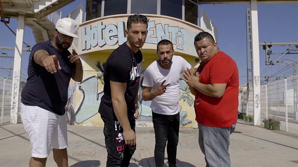 """Bujassot Flow, un grupo de raperos orgullosos de ser de un barrio """"marginal"""""""