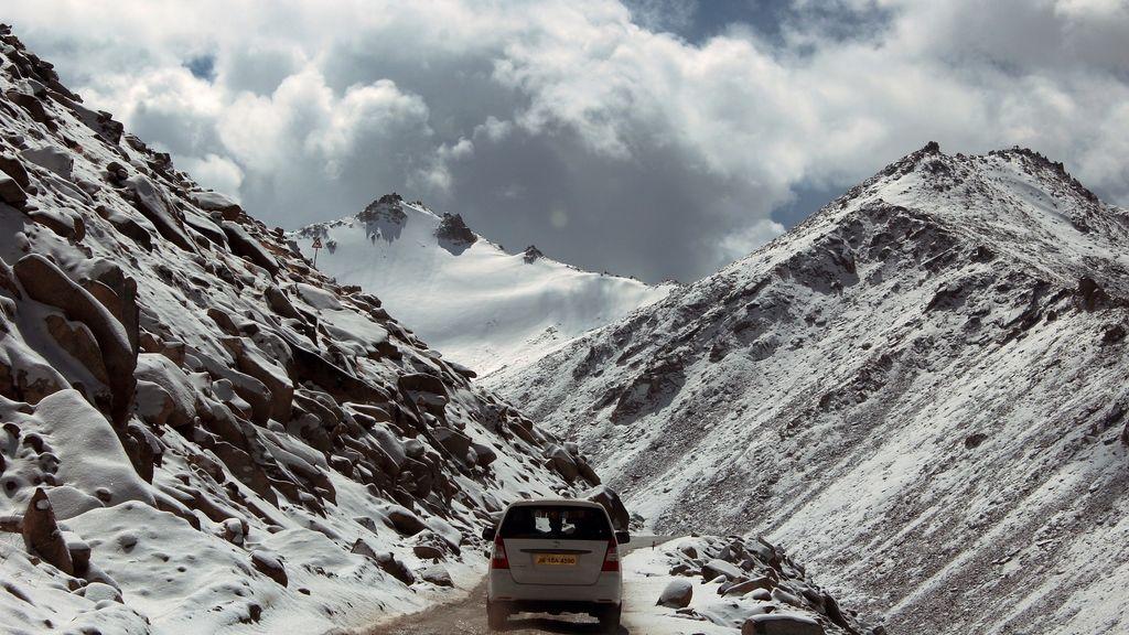 ¿Cuándo pagas tú (o no) si tienen que rescatarte en alta montaña?