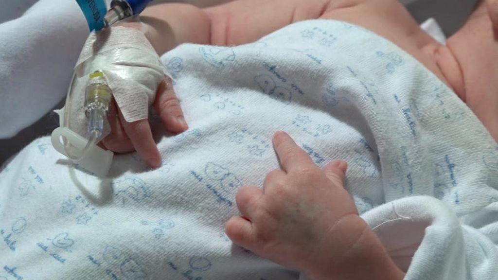 Carla, primera bebé con un corazón de grupo sanguíneo incompatible
