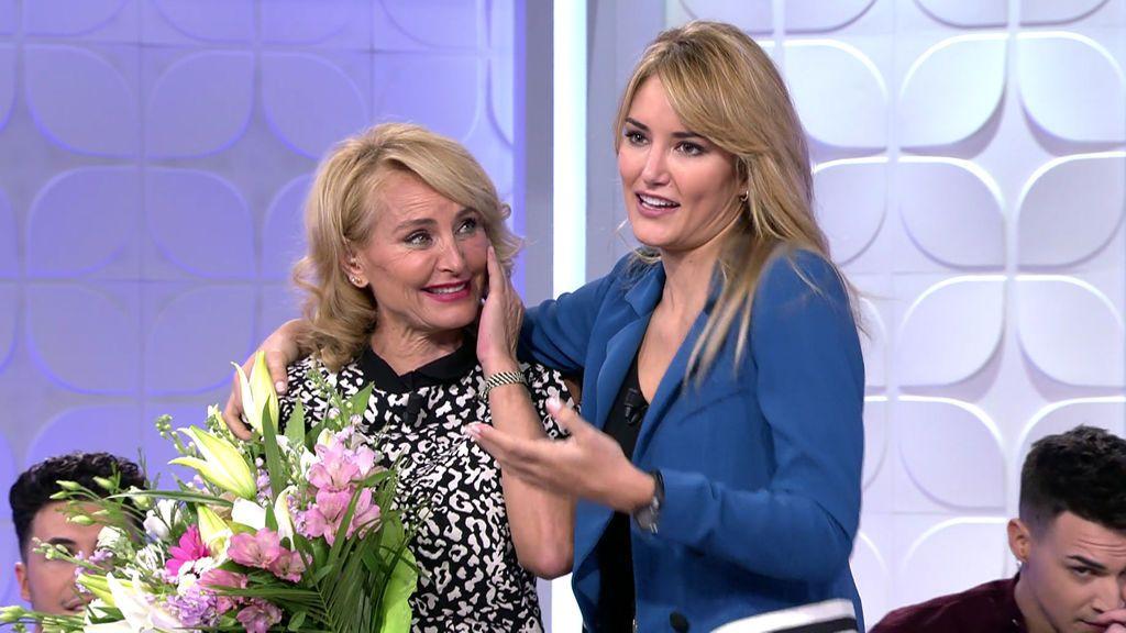 Alba Carrillo sorprende a su madre el día de su cumpleaños