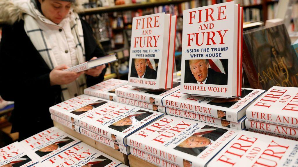 'Fuego y furia', libro que narra el primer año de Trump en la Casa Blanca, escrito por Michael Wolff.