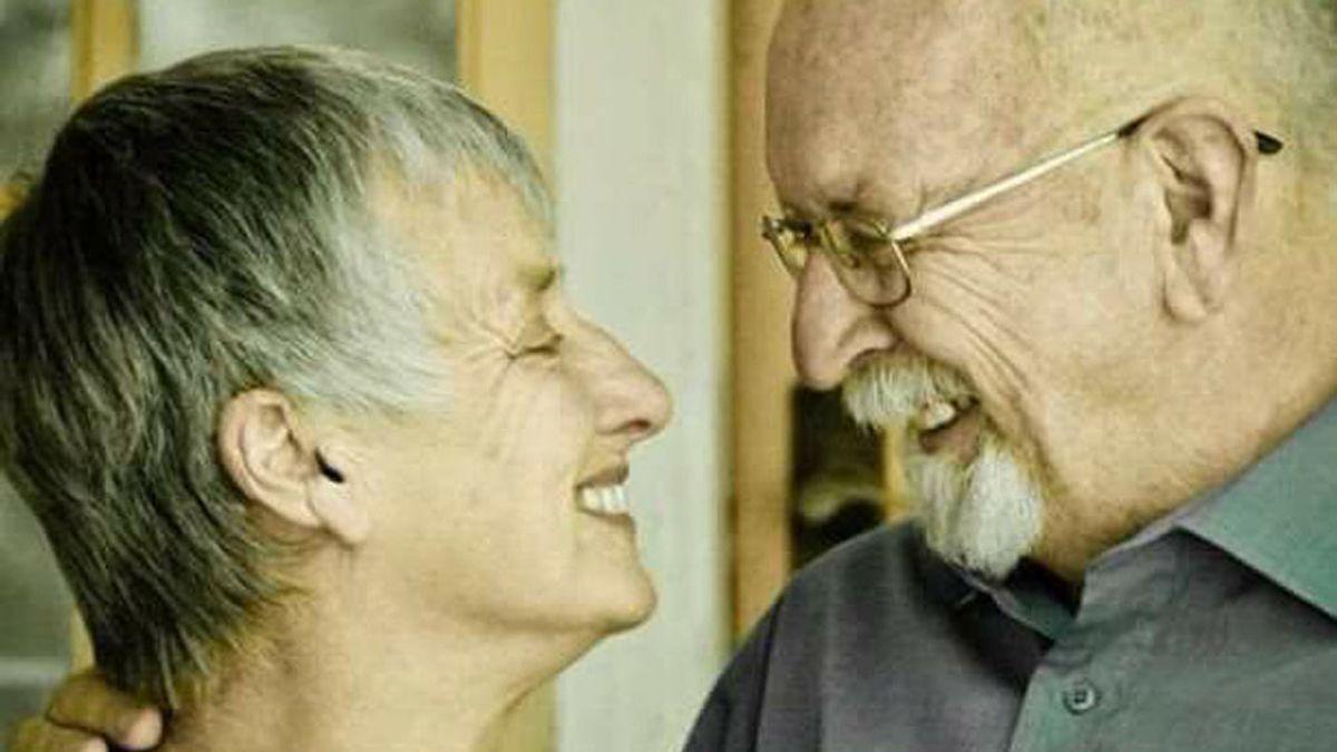 La broma de una mujer tras morir a su marido que triunfa en la Red