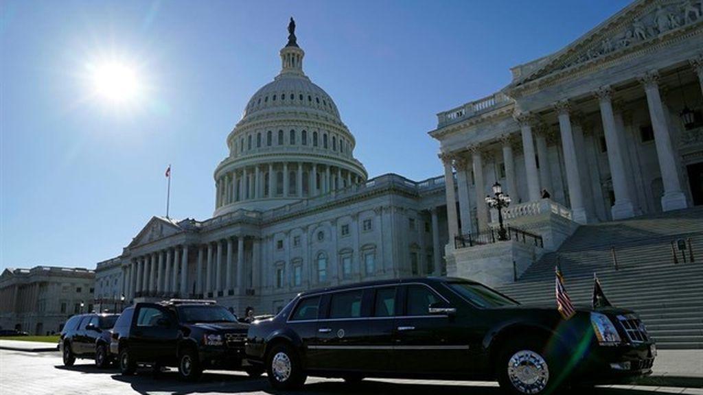 El Senado de EEUU trabaja para poner fin a la paralización del Gobierno federal
