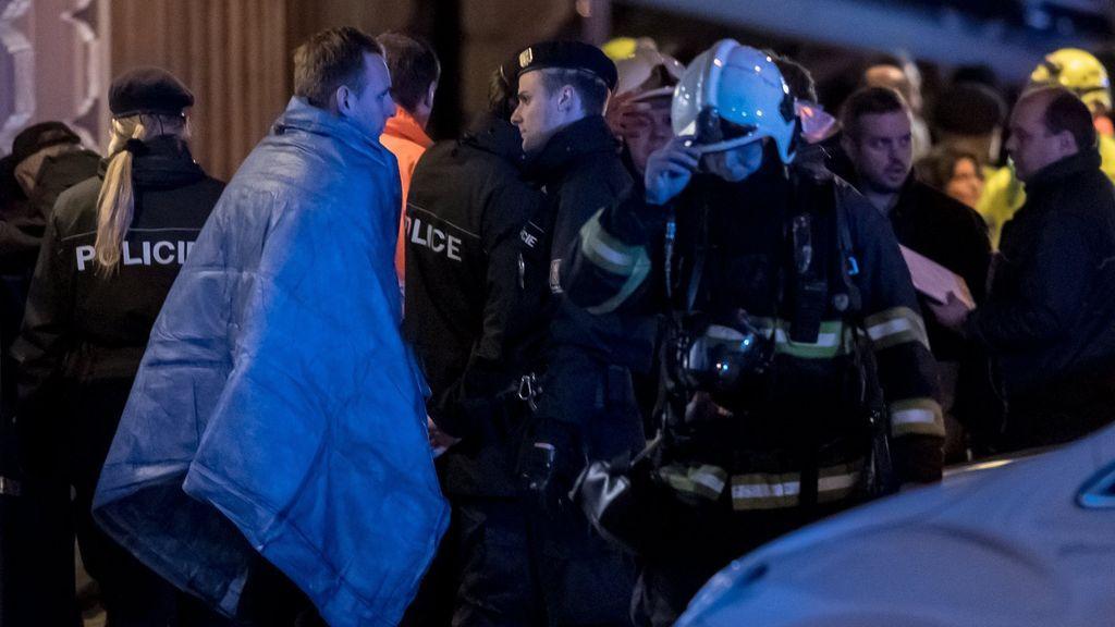Dos muertos en un incendio en un hotel del centro de Praga