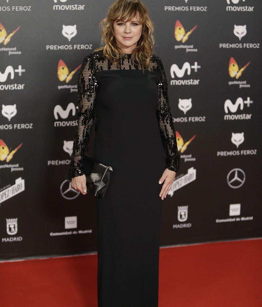 Emma Suárez, en negro y transparencias, ganadora de uno de los Feroz