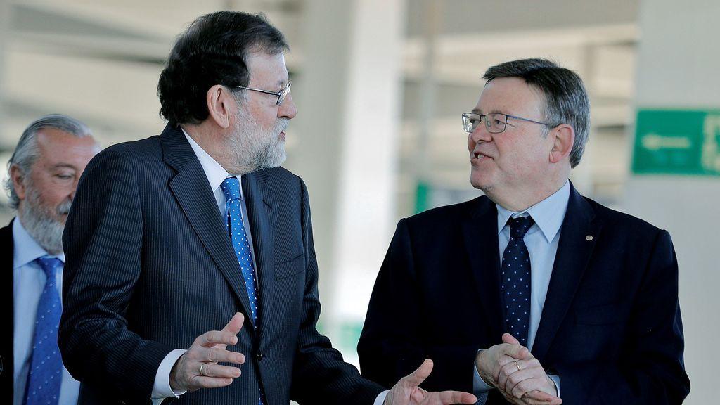 Rajoy inaugura el AVE a Castellón, que sufre una incidencia técnica