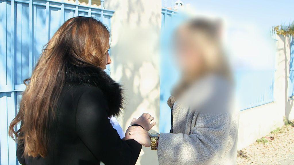 La directora de una guardería ilegal involucra a la policía para frenar la investigación de 'En el punto de mira'