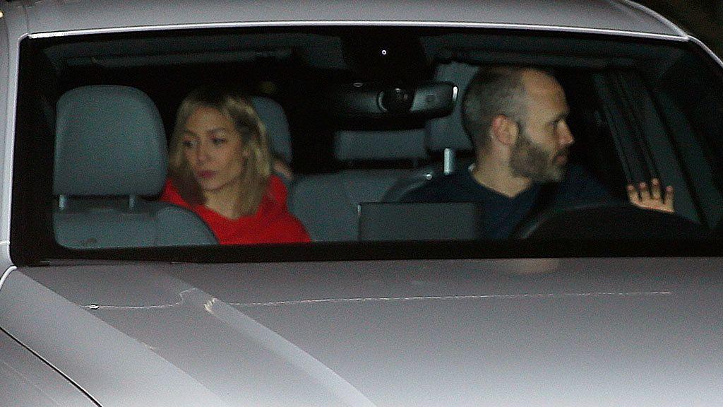 Andrés Iniesta fue acompañado por su mujer, Anna Ortiz