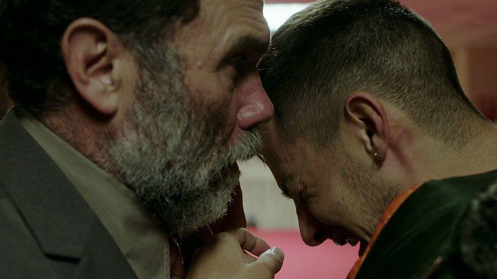Raimundo descubre el final de Lucas y está decidido a vengar el dolor de su hijo Manuel