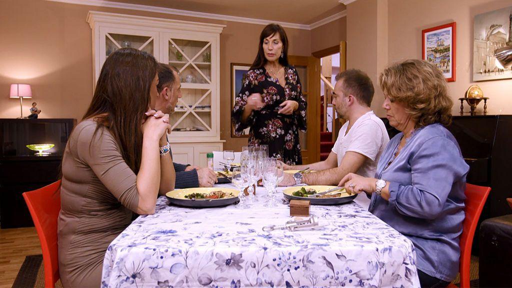 Risas, taichí y demasiadas proteínas en casa de Mª Jesús