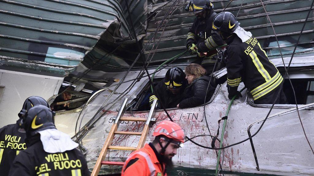 Descarrila un tren en Milán:  Dos muertos y un centenar de heridos