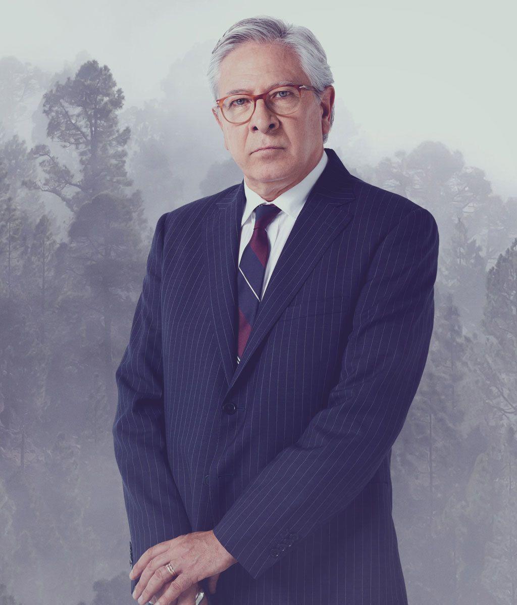 ENRIQUE McMAHÓN (Juan Meseguer)