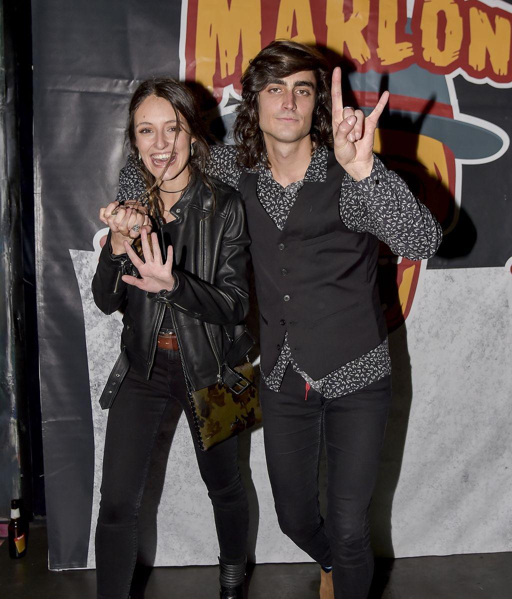 Andrea Molina posó con su chico Juan Fernández, guitarrista de la banda