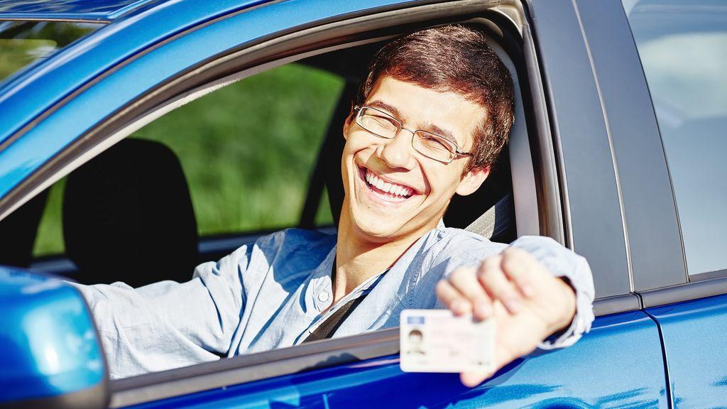 ¿Qué documentación debemos llevar en el vehículo?