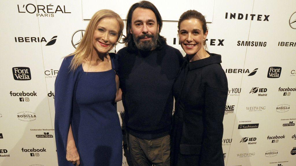 Cristina Cifuentes, Juanjo Oliva y Raquel Sánchez Silva