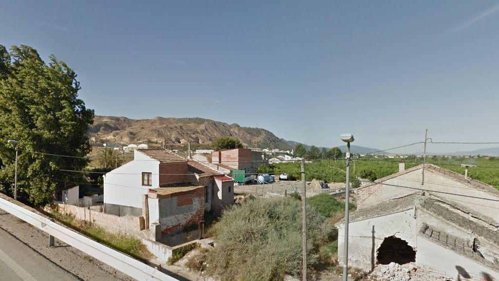 Hallan el cadáver de una mujer de 39 años en una acequia de Murcia
