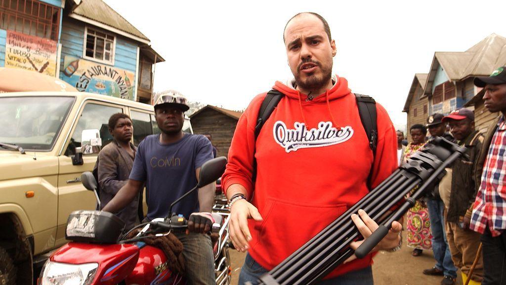 Antonio Pampliega investiga las muertes y el éxodo masivo en el Congo por las mafias vinculadas a la extracción del coltán