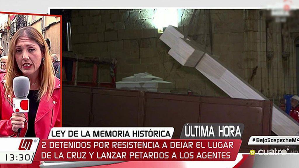 Dos detenidos durante la retirada de la cruz franquista de Callosa del Segura