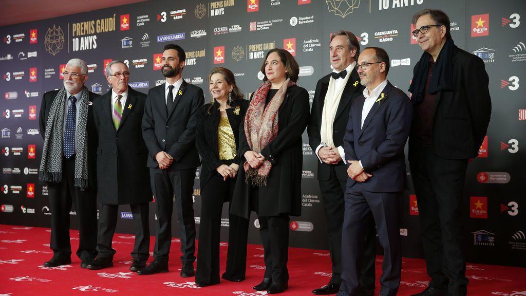 El beso LGTBI de Dulceida y Alba y los Javis y los looks de los Premios Gaudí, en fotos