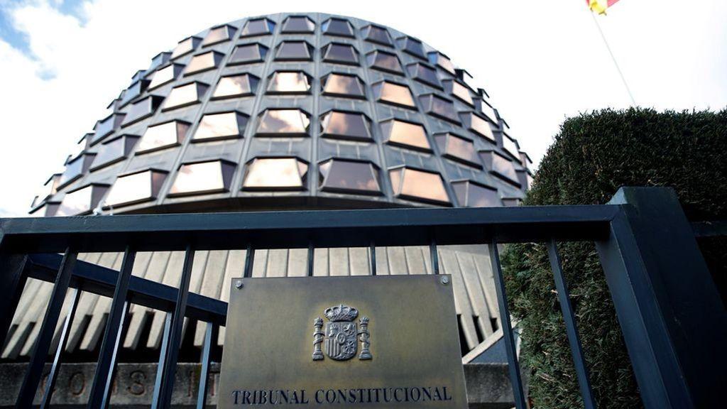 """El TC admite que actuó sin precedentes y por """"urgencia excepcional"""" al poner requisitos a la investidura"""