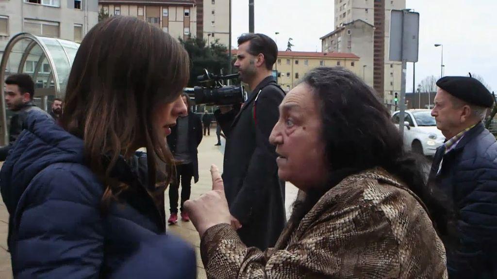 """Con todo su barrio en contra, la matriarca de 'Los Pichis' da la cara: """"Nosotros no tenemos nada que ver"""""""
