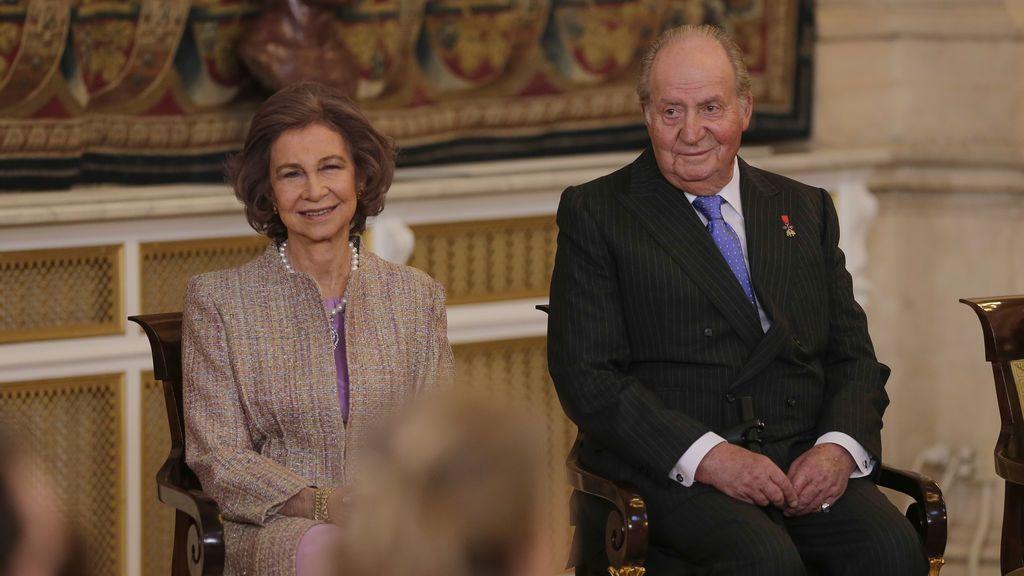 Los reyes eméritos, orgullosos de su nieta durante la ceremonia