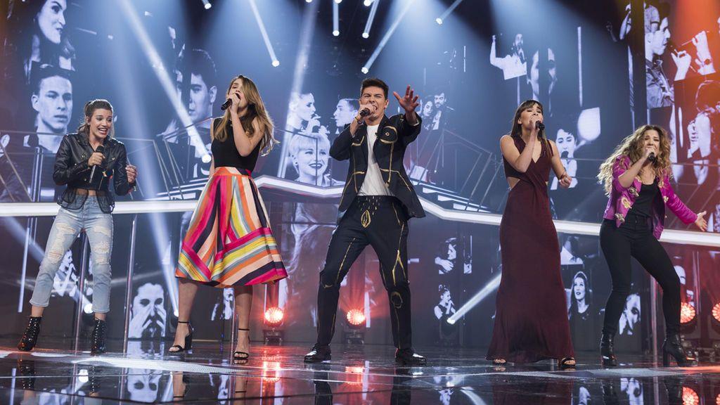 Los finalistas de 'OT' interpretan 'Camina'.