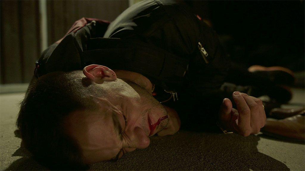 Manuel venga la muerte de Lucas quemando el ganado de Joao pero Paul Bresson lo atrapa