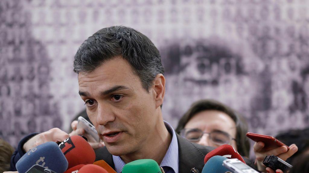 Sánchez acusa al independentismo  anteponer los intereses personales de Puigdemont al de los catalanes