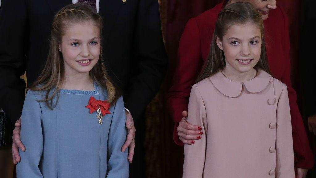 Tanto Leonor como Sofía coincidieron en el peinado, recogido con trenzas
