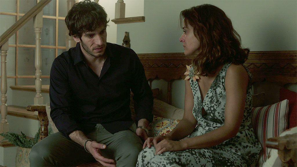 """Lucía le cuenta la verdad a José: """"Estaba colaborando con la policía y Paul Bresson me ha pillado"""""""