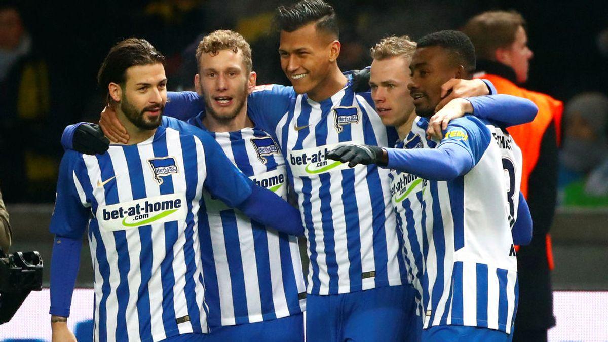 'Gran Hermano' llega al fútbol: el Hertha de Berlín 'vigilará' a sus jugadores con móviles y cámaras
