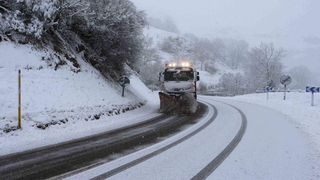 Las nevadas, que ponen en riesgo extremo a Cantabria y Asturias, afectarán a más de 20 provincias