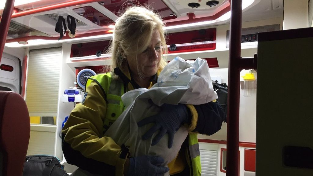 Detenida la madre de la bebé abandonada en la puerta de una parroquia de Madrid