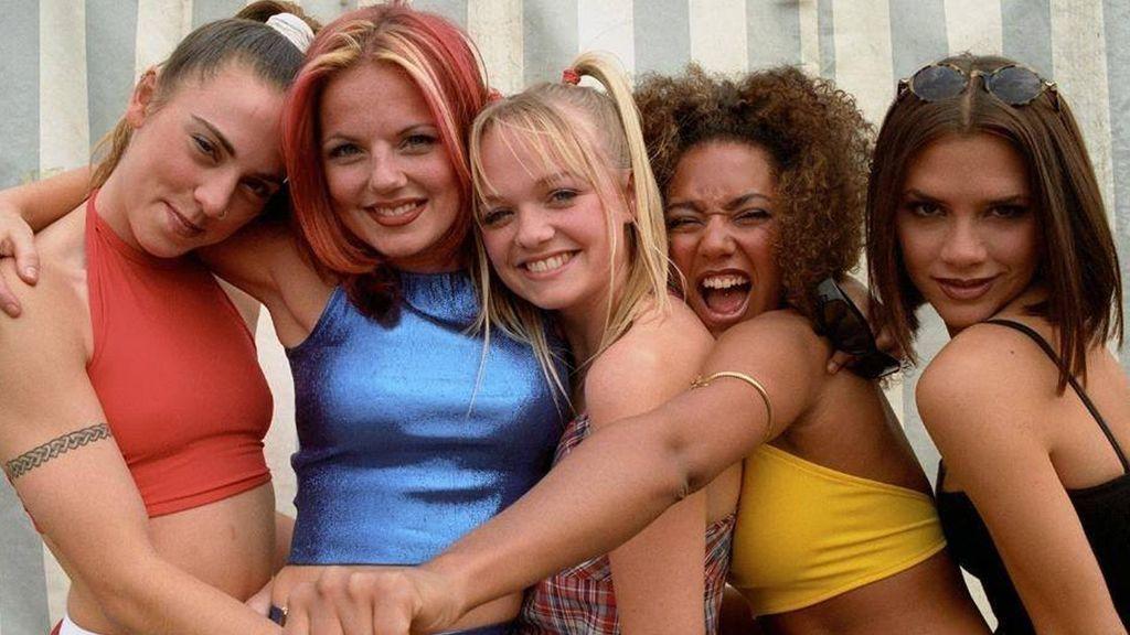 ¡Primera foto de las 'Spice Girls' en su nueva era! Analizamos la imagen con la que confirman su vuelta