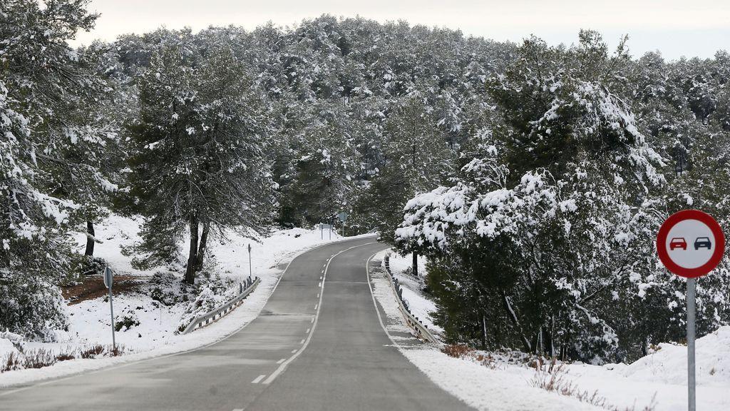 La DGT recomienda consultar el estado de las carreteras ante la posibilidad de nevadas hasta este lunes