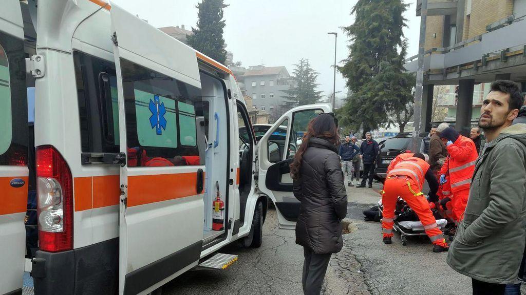 Siete heridos en Macerata (Italia) por disparos de un individuo a bordo de un vehículo