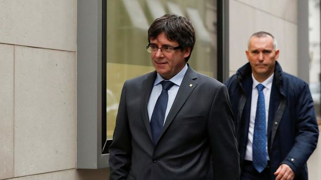 "Puigdemont asegura que no desfallecerá ""por más represión que haya"""