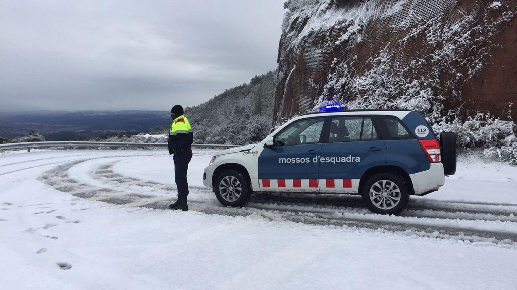 Protección Civil activa la alerta por incidencias viarias por la nieve en Cataluña