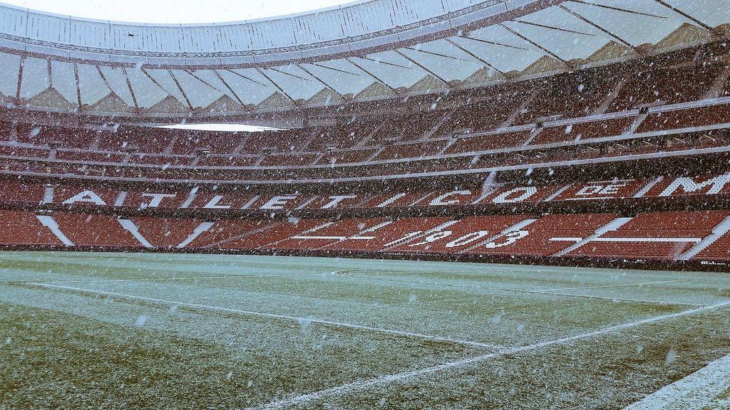 El Wanda Metropolitano nevado a pocas horas de que empiece el partido
