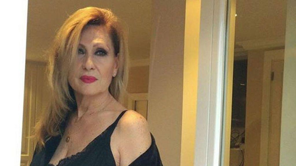 3429f6363bcc Rosa Benito celebra su 62 cumpleaños posando en ropa interior ...