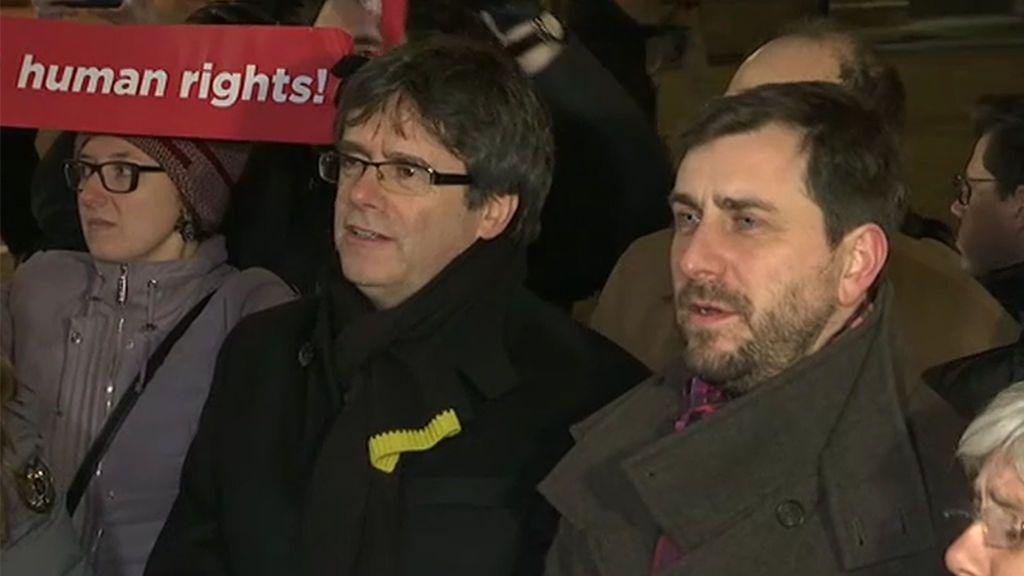 """Puigdemont y los exconsellers conmemoran en Lovaina los """"100 días de exilio"""" en Bélgica"""