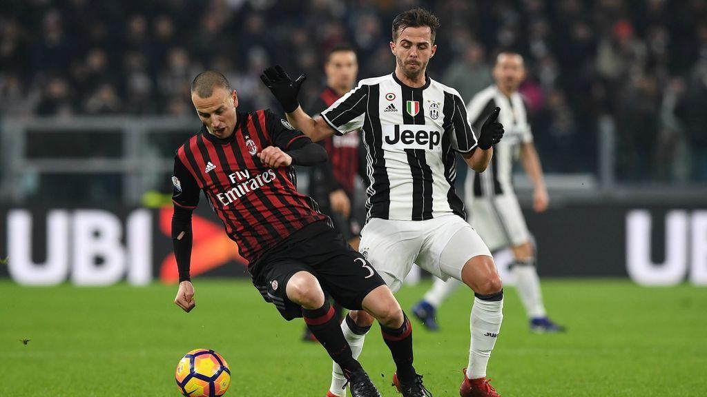 Imagen del partido de la Serie A italiana entre el AC Milan y la Juventus.