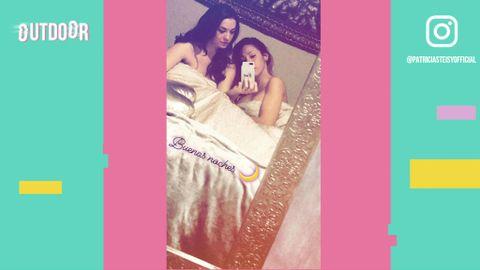 Una Cama Un Selfie Y Mucho Morro Ruth Basauri Y Steisy Myhyv