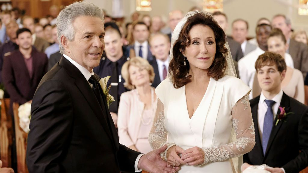 Tony Denison y Mary McDonnell interpretan al teniente Flynn y a la comandante Raydor en 'Major crimes'.