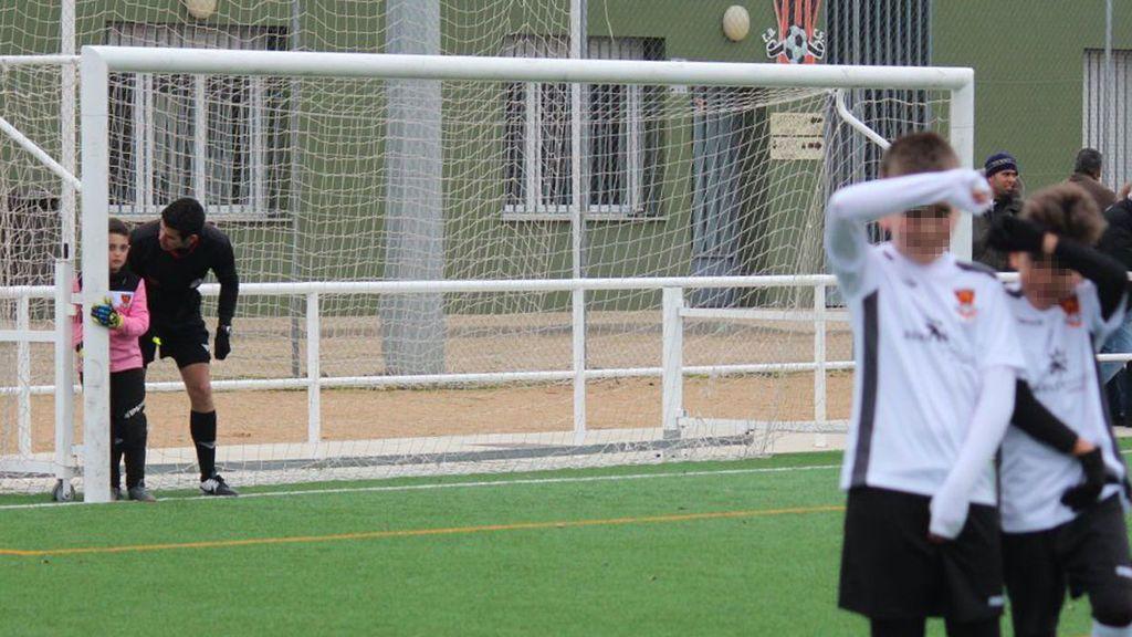 Los árbitros también educan: el ejemplo de un joven de 20 años en un partido de benjamines en Salamanca