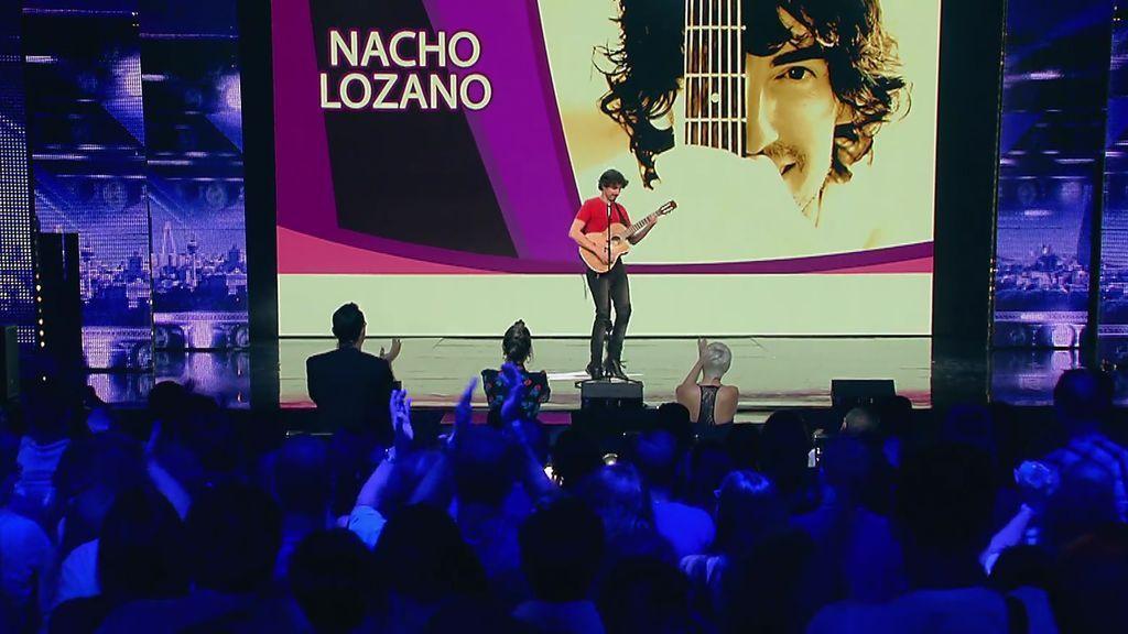 Nacho Lozano imita a varios artistas musicales y termina cantando los votos de Risto y Laura Escanes