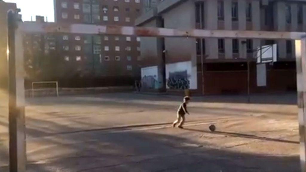 El emotivo mensaje de Puyol a todos los niños que empiezan a jugar al fútbol en la calle