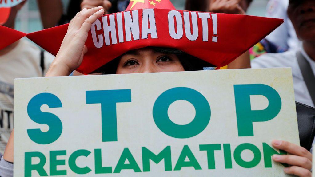 Manifestación activista de izquierda del consulado chino