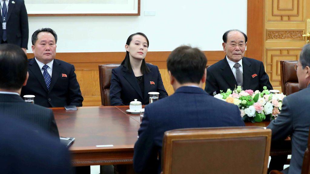 El presidente surcoreano y la hermana de Kim Jong Un ratifican su voluntad de celebrar una cumbre en Pyongyang